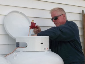 Propane tank maintenance